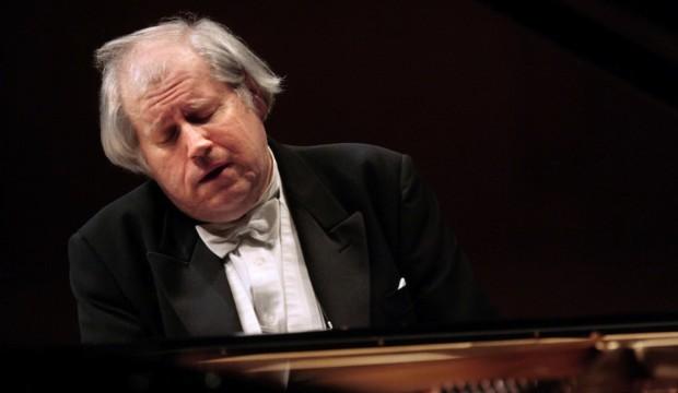 Sokolov, un palombaro della musica