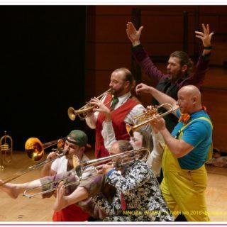 Mnozil Brass, i funamboli degli ottoni
