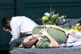 Il vento degli obici: l'Otello di Kaufmann a Monaco