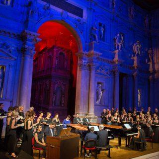 """La """"Petite Messe"""" austera e antioperistica di Campanella a Vicenza"""