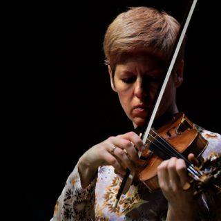 Il Bach contemporaneo di Isabelle Faust